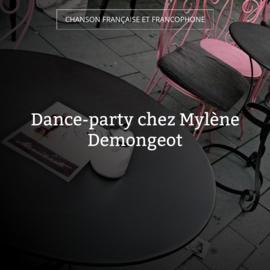 Dance-party chez Mylène Demongeot